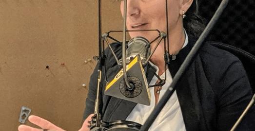 La mairesse de Saguenay Josée Néron se prononce sur la crise du Publi Sac dans la région de Montréal